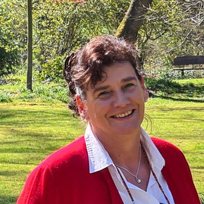 Birgit Burkhardt: Außendienst West, Süd-West, Süd für Mensch und Tier